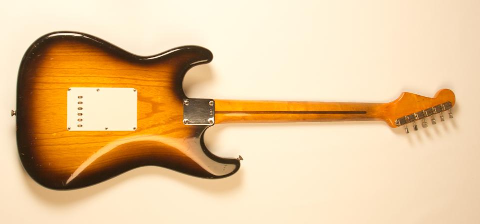 Drew Berlin's Vintage Guitars | 1954 Fender Stratocaster (SOLD): drewberlin.com/1954-fender-stratocaster