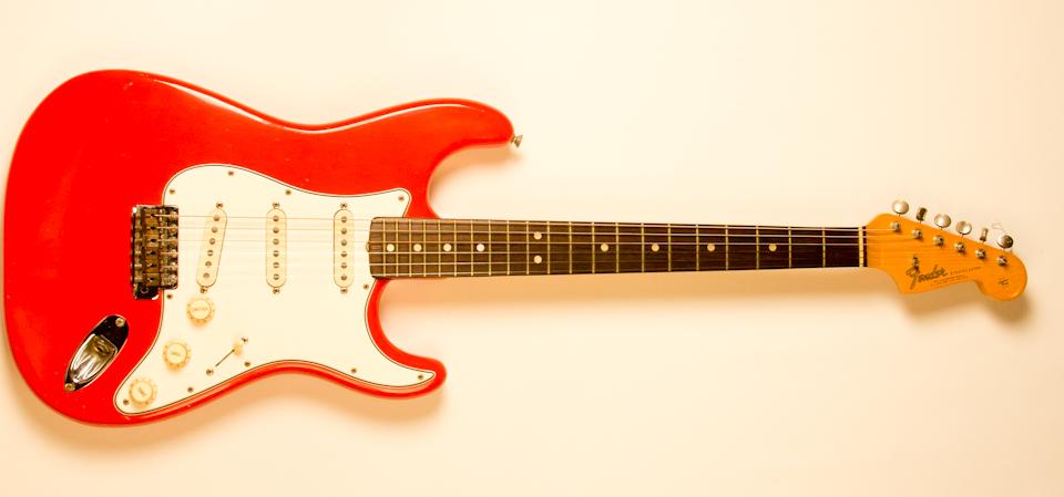 1965 Fender Stratocaster Red-1