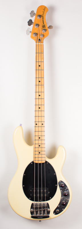 Music Man Stringray Bass-1