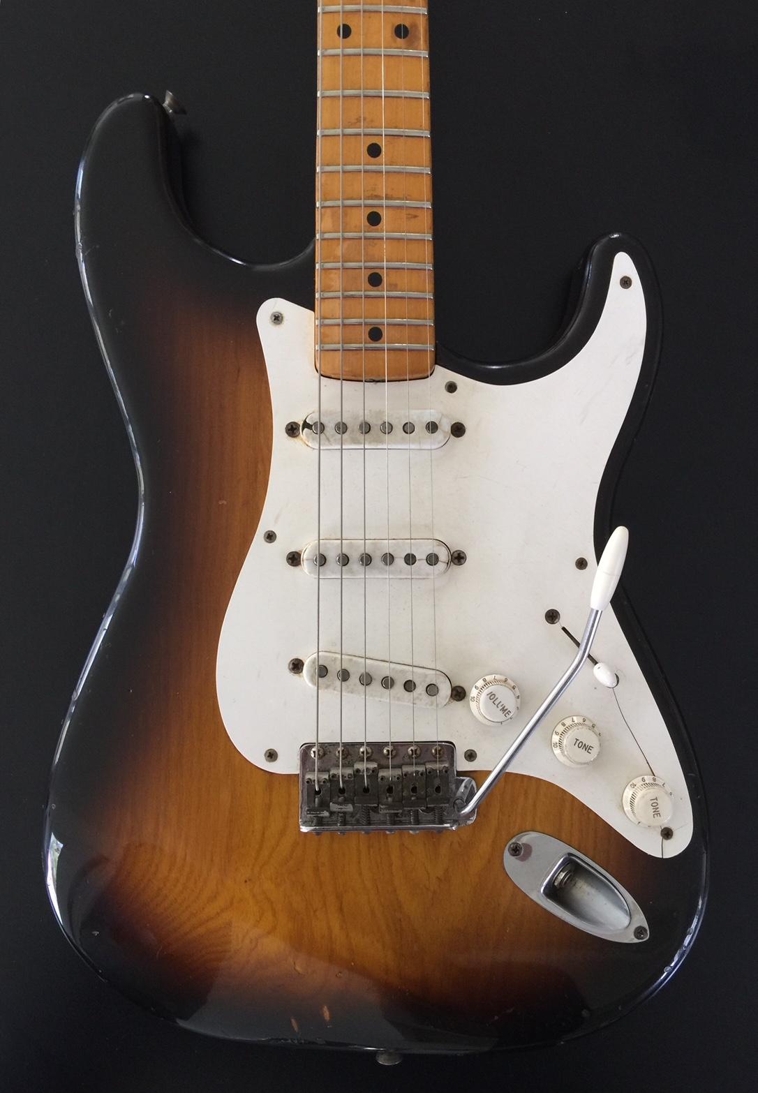 1954 Fender Stratocaster Sunburst SN# 0241 W/ Original case